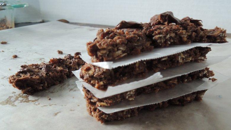 Tasty Bakes | Salted Dark Chocolate Granola Bars