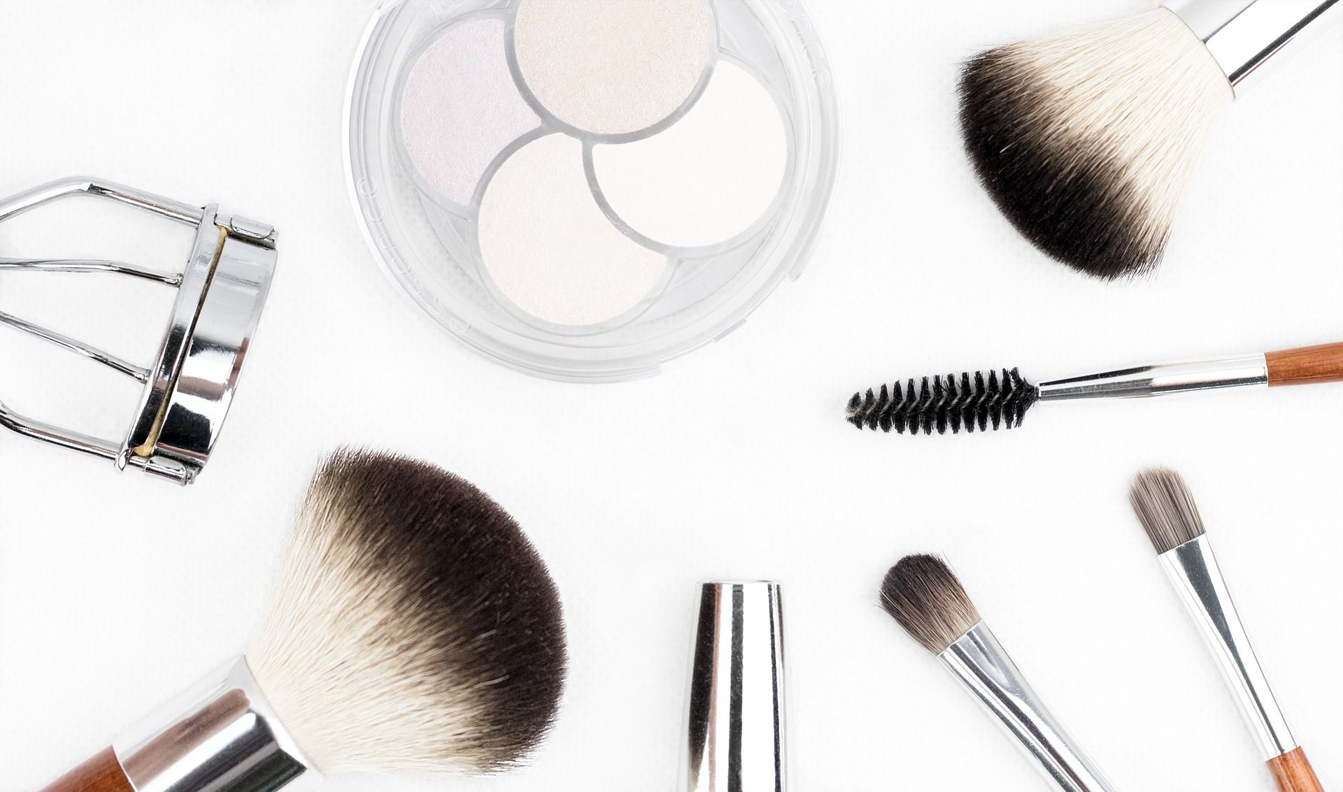 7 Fast Fixes for Makeup Mishaps