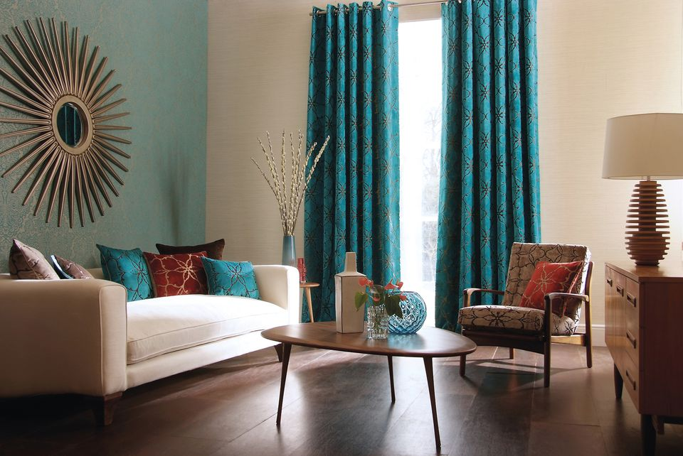 It Is Possible To Incorporate Big Color Into Your Small Living Room, If You  Know How To Use It. Stick To A Maximum Of Two Or Three Colors Within The ...